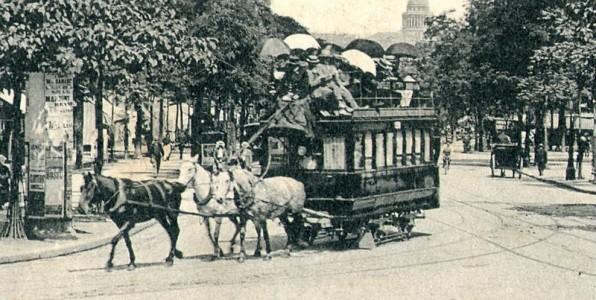 Paris: Horsedrawn omnibus on avenue des gobelins.