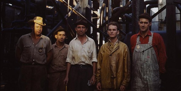 Employees at Mid-Continent Refinery [ca. 1943 Tulsa, OK (LOC). By John Vachon]